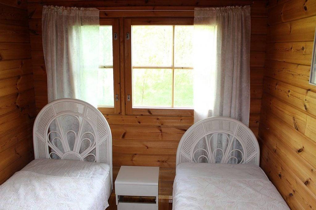 mokki-cottage-2-makuuhuone-bedroom