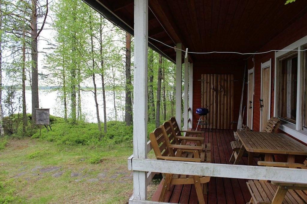 mokki-cottage-3-terassi-veranda