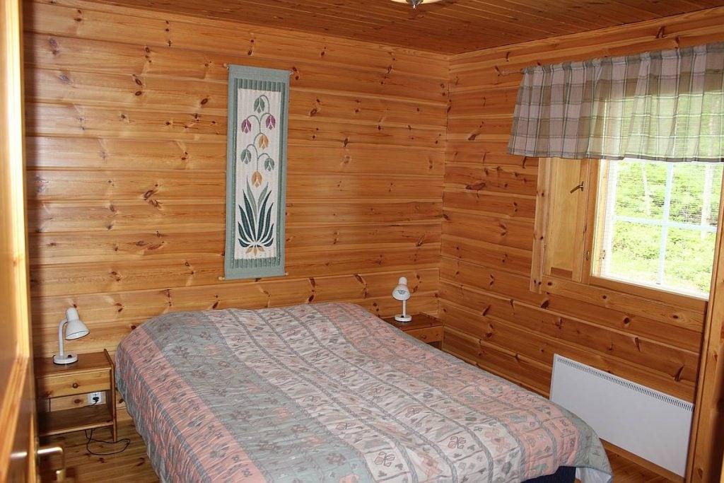 mokki-cottage-5-makuuhuone-bedroom