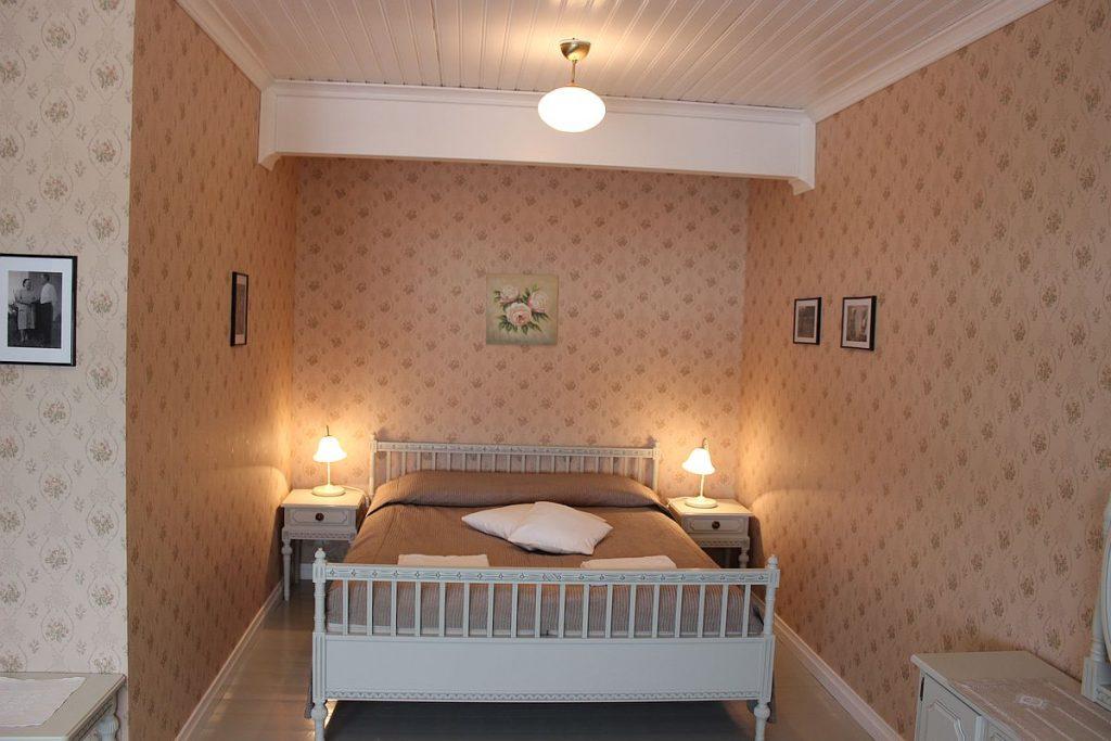 paarakennus_main_building_huone_room_2