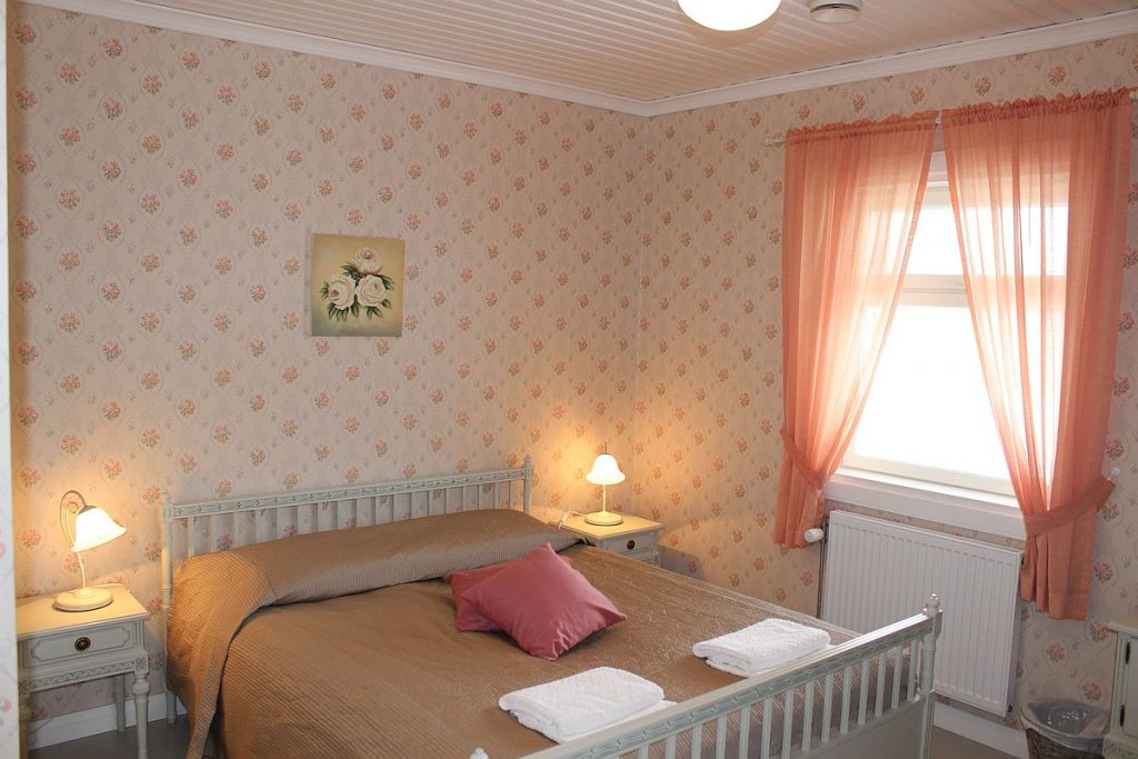 paarakennus_main_building_huone_room_5