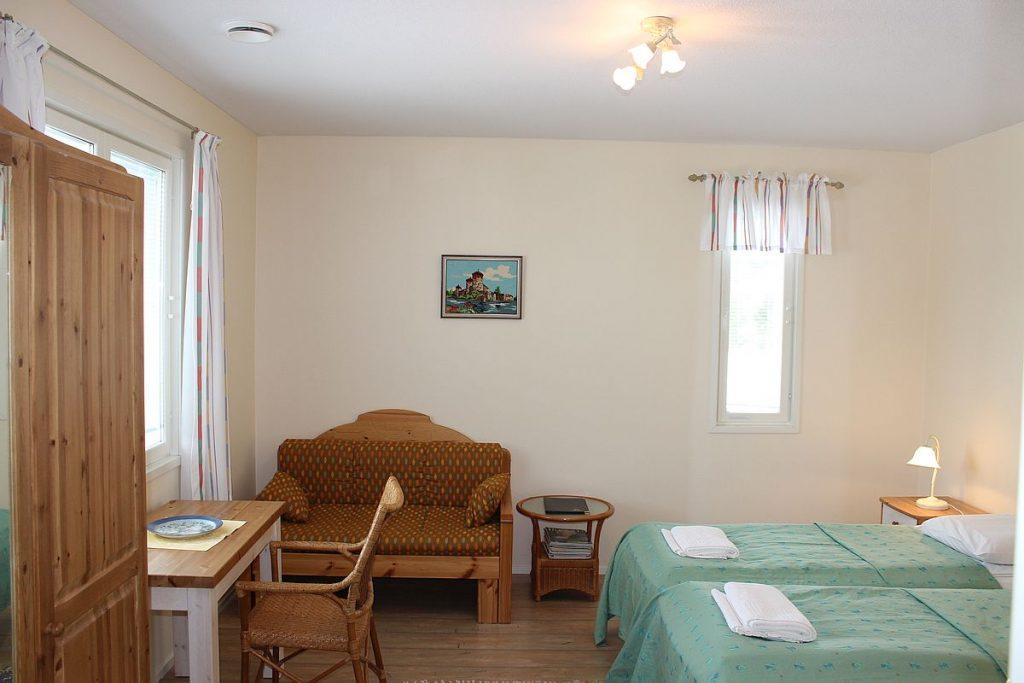 uusi_vierastalo_new_guesthouse_huone_room