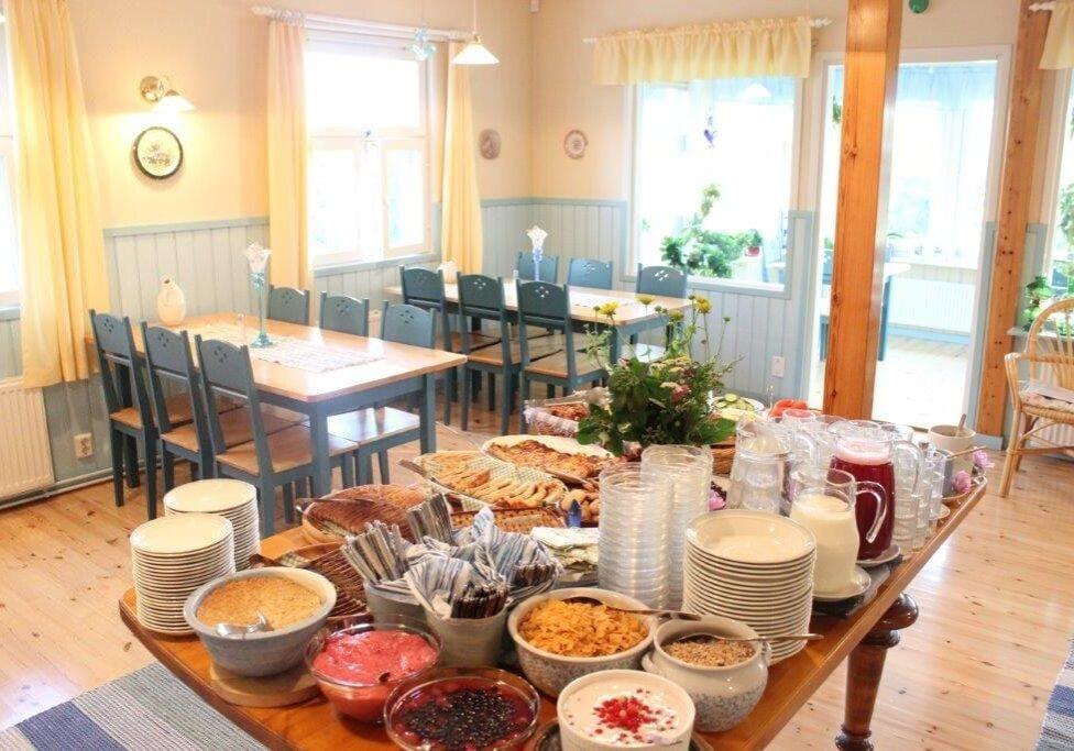 lomamokkila-aamiainen-breakfast